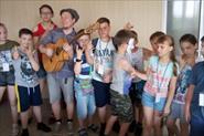 Фото с индивидуальных и групповых уроков гитары и музыки.