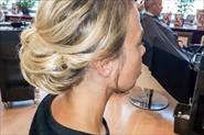 Причёски коктейльные и свадебные